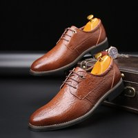 Dress Shoes Men The Crocodile Pattern High Quality Oxfords Party Wedding Flats Patent Leather Business
