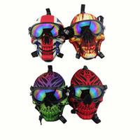 Maschera antigas in silicone BONG Creativo Skull Pattern Acrilico Tubo dell'acqua Acrilico con occhiali da sole Erba secca Bruciatore di olio di fumo Multifunzione narghilè