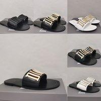 Mujeres de verano zapatillas de diseño Sandalias de diseño de alta calidad Mocasines de fondo plano de alta calidad Señoras con marco Flip Floop Slide Slide Presentación
