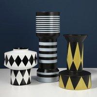 Vases Jingdezhen Simple Modern Creative Geometric Diamond Ceramic Vase Designer Handmade Soft Decoration Flower
