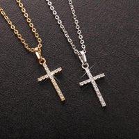 Pendentif Colliers Fashion Femelle Croix Pendentifs Drop Gold Noir Couleur Cristal Jésus Collier Bijoux pour hommes / Femmes Grossistes