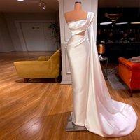 Elegant One Shoulder Evening Dresses Cutaway Sheath Celebrity Gown Satin Pearls Abendkleider Robe De Mariée