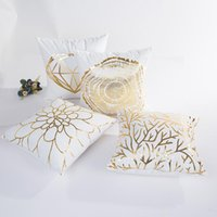 Poduszka / Dekoracyjna poduszka Kwadratowa Stripe Dot Litera Rzuć Case Gold Folia Drukowanie Poduszki Pokrywa Sofa Home Krzesełko Wystrój samochodowy