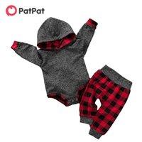 Patpat 2021 nuevo otoño e invierno bebé de moda sólido manga larga con capucha y pantalones a cuadros conjuntos de ropa de bebé 210309