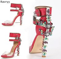 Parpadeante Crystal Cross Heel Fiesta Zapatos de boda Tacones altos Mujer Sandalias Coloridas Rhinestone Bombas Sexy Bombas Femeninas Zapatos