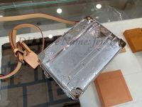 幹箱バッグモノグラムミラーキャンバスPVCシルバーメンズハンドバッグ文字プリントウエストベルトバッグクロスボディエンベロープカメラハンドバッグM45885