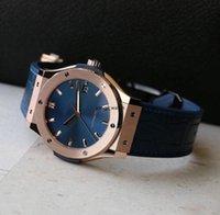 Luxusmänner Automatische mechanische Uhren Hohluhr Klassische Fusion Multifunktionshälse Mode Wasserdichte Leuchtende Männer Sport Armbanduhr