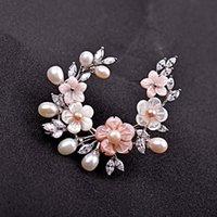 PINS, Broches de lujo de lujo de agua dulce Pearl Shell Flower abrigo Accesorios Pines Jewelry Mujer Cumpleaños / Regalo de vacaciones
