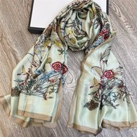 Floral Pattern Silk Scarves Womens Spring Summer Shawl Vintage Style Luxury Shawls Ladies High Quality Scarf With Box