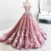 Charming Off The Shoulder Prom Dresses 2018 Flora Appliques A Line Evening Gowns Sweep Train Saudi Arabic Formal Party Vestidos