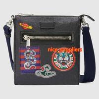 2020 رجل جديد حقيبة الصليب الجسم أكياس الأزياء مصمم crossbody حقيبة الرجال رجل مصمم حقيبة الحجم 21x23 * 4 سنتيمتر نموذج 547751