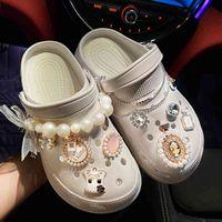 Обувь бренда DIY Подвески для CROC Designer Подвески Bling Chinestone Девушка Подарок для засорения Обсылать Металл Любовь Бабочка Аксессуары