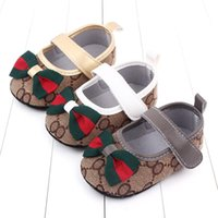 First Walkers Designer Luxury Butterfly Knot Princess Shoes For Baby Girls Soft Soled Flats Moccasins Toddler Crib