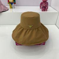 2021 مصمم أزياء المرأة الصيف دلو القبعات السفر في الهواء الطلق قبعة الشمس الفاخرة هايت الجودة شاطئ صياد كاب 4 ألوان جيدة