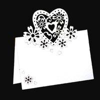 50 / 100pcs Love Heart Flower Flower Table Table Table Name Place Cards Nome del merletto Messaggio Scheda di impostazione Messaggio Matrimonio Compleanno Party Favore Decor