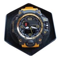 Relojes digitales LED Hombres deportes 30m Professional Professional Impermeable Cuarzo de caucho Hombres Reloj de moda de lujo 50mm