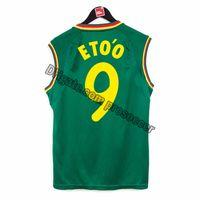 Retro Cameroon 2002 Soccer Jerseys Eto'o MBoma Song Football Shirts Vintage Kit Classic Tops