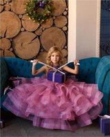 Cute 2021 Flower Girl Dresses Jewel Neck Lace Appliques Tiered Skirts Girls Pageant Dress A Line Kids Birthday Gowns