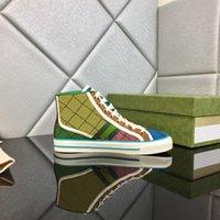 Tenis 1977 Tasarımcılar GG Sneakers Kırmızı Yeşil Tuval Luxurys Ayakkabı Bej Mavi Yıkanmış Jakarlı Denim Kadın Ayakkabı ACE Kauçuk Sole Embroiderekkno #