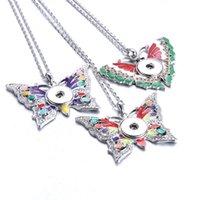 Collane pendenti Collana a scatto a farfalla Bottoni bottoni di Natale 18mm 20mm Bottoni gioielli alla moda