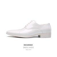 Decarsdz Erkekler Örgün Ayakkabı Lüks Oxford Ayakkabı Moda Yüksek Kalite Patent Deri Erkek Ayakkabı Ofis Düğün Erkekler Elbise Ayakkabı 210310