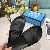 2021 Güzel görünümlü terlik erkek womens yaz sandalet plaj slayt moda scuffs terlik bayanlar flats ayakkabı kicks kaplan çiçekler arı 36-46 kutusu ile