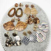 Clip-on & Screw Back Fashion Sweet Fan Shape Geometric Resin Clip Earring