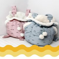 Cat Beds & Furniture Pet Carrier Bag Cute Carriers Bags Front Hanging Chest Pack Semi-Closed Shoulder Backpack High Quality