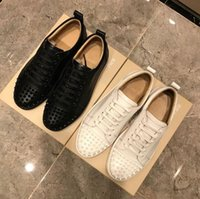Brand Top di lusso Donne Donne Scarpe casual Designer Bottom Bottom Spikes Spikes Moda Sneakers Black Black White Leather Low-Top Shoe