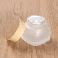 Pors de verre de verre dépresclats Côniers cosmétiques avec des couvercles en plastique de bois PP LINER 50G Baume à lèvres Crème carrée Conteurs muraux épais GWF5761