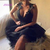Black Backless Short Homecoming Dresses Deep V-neck Floral Appliques Mini Cocktail Dress Tulle Prom Party Dress H0916