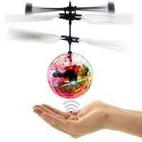 تحلق الكرة أدى كرات الرحلة مضيئة هليكوبتر الأشعة تحت الحمراء الحث الطائرات التحكم عن اللعب السحرية لعبة الاستشعار