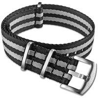 Bandes de montre Bande Nylon Nylon Nylon Jamesbond 1 pièce Remplacer les sangles de la ceinture de sécurité pour hommes ou femmes 18mm 20mm 22mm 24mm