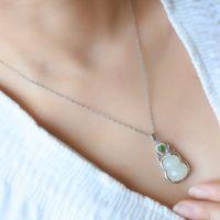 Vert naturel jade jade gourd pendentif argent collier argent chinois sculpté charme bijoux de bijoux amulette pour femmes chanceux cadeaux