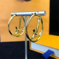 2021 Heißer Verkauf Mode Gold Hoop Ohrringe für Dame Frauen Party Ohrring Neue Hochzeit Liebhaber Geschenk Engagement Schmuck für Braut