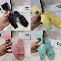 Femme de qualité Pantoufles Fashion Plage Pantoufles De Fond Grandes Plate-forme Alphabet Lady Sandales En Cuir High Heel Slides Slipper Sante02 06