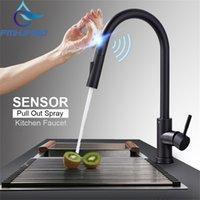 Fâmulas de cozinha FMHJFISD Faucets Preto Toque Inteligente Indutivo Condutivo Torneira Misturador Torneira Torneira Única Torneira Dual Outlet Modos de Água 210719