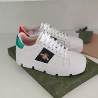 2021 여성의 에이스 스니커 레트로 수 놓은 꿀벌 플랫폼 신발 정품 가죽 두꺼운 바닥 플랫 클래식 레이스 업 캐주얼 상자
