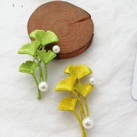 Pins, Brooches Temperament Ginkgo Leaf Brooch For Women Pearl Trendy Gold Senior Luxury Jewelry Gift