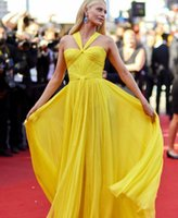 Celebrity Red Carpet Dresses Evening Wear Halter Neck Sleeveless Prom Dress Long Ruched Chiffon Women Special Occasion Gowns