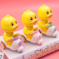 2021 EXTÉRIEUR OU INDOOT BABY BABY Mignon Funny Wind-up Jouets parmi les États-Unis Parentchilren Game Cadeau de Noël et Puzzle Education pour Pressing Jouet Jaune Duck Car - avec enfant présent