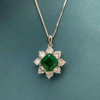 HBP Modeschmuck Neue 10 * 10mm Full Diamant Herz Formgeformte Smaragd Schneiden Anhänger Frauen Luxus Halskette Metallverarbeitung