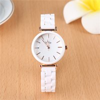 Segelwind Keramik Armband Armbanduhren Frauen Luxus Damen Quarzuhr Mode Frauen Uhren Reloj Mujer Datumsuhr für Frau