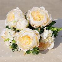 Fiori decorativi Corone Europeo Falso Peony Daisy Bunch (15 teste / pezzo) Pesia artificiale Frutta di plastica per il bouquet da sposa fai da te casa Sh