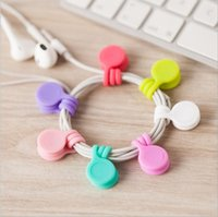 Magnetic headphones holder Soft silicone Magnet Earphone Headphone Cord Wire Holder Organizer Fashion Lavalier Clips Cable Winder TLZYQ1123
