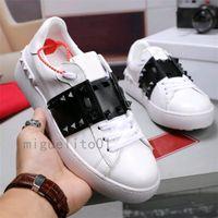 2021 Saplama Spike Siyah Erkek Bayan Chaussures Ayakkabı Güzel Platformu Rahat Skarcık Ayakkabı Deri Katı Renkler Elbise Ayakkabı