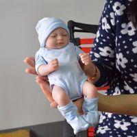 Body Silicone Reborn Bambini fulli Bambini rinati Bambola del bambino Reborn Handmade Reborn 11 pollici Real Guardando Neonato Bambino neonato in silicone Bambola realistica