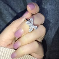 Fashion Bow Design Rings Shining Cubic Zircon Crystal Wedding Rings Charm Finger Ring with CZ Diamond Stone for Women Engagement Jewelry