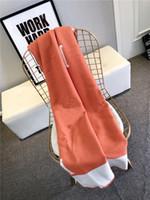 140 * 170 cm Letra H Cashmere Tiro de tejido de huelga Tela de lana de ganchillo para sofá / silla / asiento de amor / Coche Camping Manta de mantilla