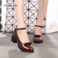 Sapatos de vestido Mulheres Genuine Leathe Oxford Sandálias Senhora Rodada Toe Handmade Rosa Branco Black Oxfords para 2021 Verão
